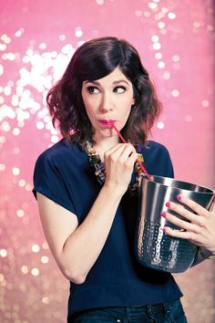 We love Portlandia, Carrie Brownstein, and feminism! All things that make this city truly great!Carrie Brownstein Spills the Beans on Fred, Feminism, and Fear