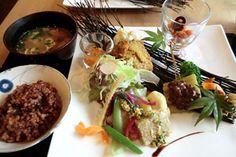 ゆるカフェ日和manaya:旬の食材を生かした優しく繊細な味わいのランチは、色も鮮やかな芸術的一皿! 日本料理の技を生かしたマクロビオティック&ビーガン料理(長野県松本市) : リラクオーレ
