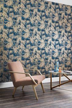 dEn får du hos Happy Homes Tree Wallpaper, Photo Wallpaper, Blue Wallpapers, Wall Murals, Dining Chairs, Sweet Home, Wall Decor, Interior Design, Furniture