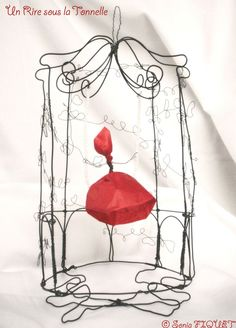 Cage en fil de fer - Gloriette à la Fée : Sculptures, gravures, statues par un-rire-sous-la-tonnelle