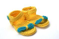 An warmen Tagen trägt Mama Sandalen und das Baby natürlich auch.  Diese schicken Sandalen haben für eine gute Stabilität eine doppelte Sohle. Ges...