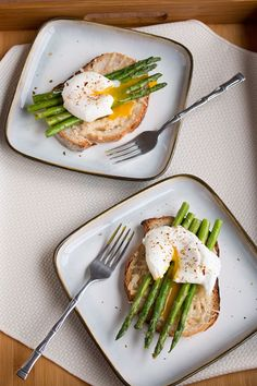 Eggs with Asparagus and Parmesan Toast