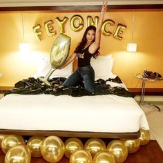 hotel party When the bride-to-be loves Beyonc, this kind of Bachelorette party happens! Theres always a stylish way to celebrate any occasion, browse our catalog (link in bio) and start planning for your next celebration! Bachlorette Party, Bachelorette Party Decorations, Bachelorette Weekend, Party Favors, Bachelorette Parties, Bachelor Parties, Party Games, Disney Bachelorette, Lingerie Party