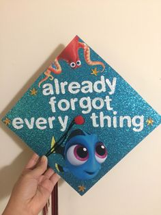 Finding Dory Graduation Cap Decoration My Life Graduaci Atilde Sup3 N Graduation Cap Decoration, Caps For Graduation, Graduation Ideas College, Decorated Graduation Caps, Disney Grad Caps, Cap College, Graduation Cap Designs, Nursing Graduation, Graduation Pictures