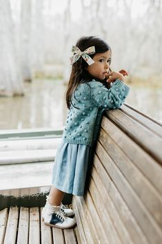 47 Rustic Kids Winter Outfits Ideas That You Need To Have Little Girl Fashion, Toddler Fashion, Toddler Outfits, Kids Fashion, Little Girl Style, Outfits Niños, Winter Outfits, Kids Outfits, Baby Dress Tutorials