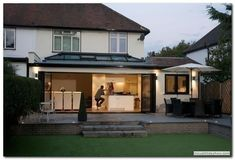 Awesome Roof Lantern Extension Ideas - The Urban Interior - home - Pinnwand Orangerie Extension, Extension Veranda, 1930s House Extension, Single Storey Extension, Rear Extension, Deck Extension Ideas, Bifold Doors Extension, Extension Google, Kitchen Diner Extension