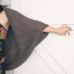 The cozy cocoon cardigan, a free beginner crochet pattern (one size fits all!) - Domestic Bliss