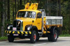 ▐ Saurer-5DM BJxxxx #Saurer_5DM #CH #Oldtimer #Adolf_Saurer_AG Commercial Vehicle, Vintage Trucks, Classic Trucks, Cool Trucks, Cars And Motorcycles, Jeep, Transportation, Monster Trucks, Vehicles