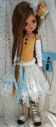 Lorella Falconi, Dollery