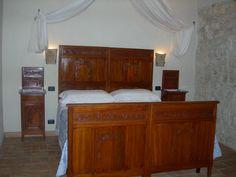 Camera tripla Pegaso www.borgosanmartino.eu Bed, Furniture, Home Decor, Pegasus, Decoration Home, Stream Bed, Room Decor, Home Furnishings, Beds