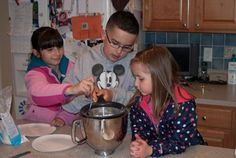 Nanny's Black Midnight Cake Dark Chocolate Cakes, Chocolate Desserts, Hot Chocolate, Chocolate Greek Yogurt, Layer Cake Recipes, Caking It Up, Tiramisu Cake, Chiffon Cake, Culinary Arts