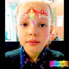 Princess crown design with petals & swirls Girl Face Painting, Glitter Face, Henna Artist, Face Art, Swirls, Crown, Princess, Pretty, Design