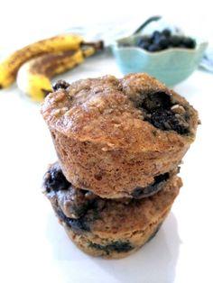 Blueberry Banana Hemp Muffins // hummusapien.com