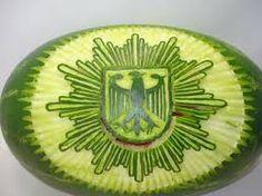 1000 images about obst und gem se schnitzen dekorieren on pinterest deko essen and lifestyle - Obst dekorieren ...