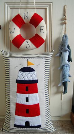 PRIMITIVE FOLK ART SEWING PATTERN BESIDE THE SEASIDE CUSHION, WREATH & FISH