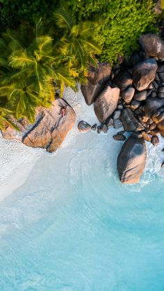 Landscape Drone Photography : Landscape photography beach Is they fucking over there? Strand Wallpaper, Beach Wallpaper, Nature Wallpaper, Travel Wallpaper, Paradise Wallpaper, Wallpaper Awesome, Fashion Wallpaper, Hd Wallpaper, Aerial Photography