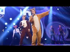 ▶ Ylvis: The Fox (What Does the Fox Say?) - BBC Children in Need: 2013 - BBC - A totally live version just to complete the versions