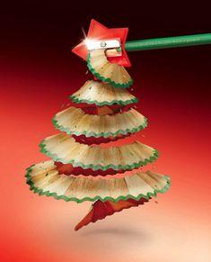 Árbol de navidad con un lápiz.