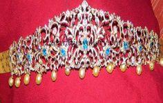 Jewellery Designs: Sapphire and Diamonds Glitter Vaddanam