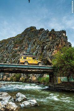 Road Travel in Peru, Part 2 –Paracas, Lima, Cordillera Blanca, Huanchaco, Cajamarca - Landcruising Adventure - Road Travel in Peru (©photocoen)