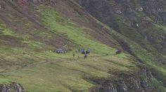 En el set de filmación en Escocia. Aqui se lleva a cabo el flashback de #TF5