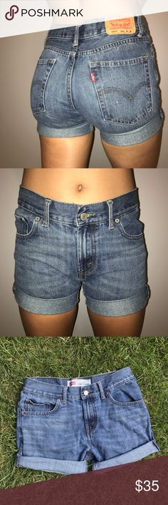 """Vintage 514 Levi's Shorts Vintage Levi's - fit sizes 6-8. These are super soft and look good paired with any top! Great for both casual wear or going out. Feel free to make an offer!                                  Waist - 29"""" Rise - 9.5"""" Inseam - 2.5"""" Levi's Shorts Jean Shorts"""