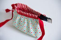 federverschluss_tasche_06 Diy Bags Tutorial, Bag Tutorials, Pouch, Personalized Items, Sewing, Nice, Inspiration, Ideas, Tela