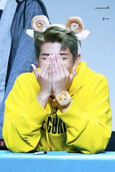 A Little Namjoon? Kim Namjoon, Jung Hoseok, K Pop, Mixtape, Rapper, Park Hyung, Bts Rap Monster, Namjin, Bts Pictures