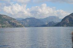 Der Blick in den Fjord, wo eine Brücke die zwei Seiten verbindet :-)    #Norwegen #Reisen #Roadtrip #Backpacker #Life #Natur #travel #Fjord #Camper #Camping #Wanderlust #Deutschland #Sommer #Berlin #München #Köln #Wien #Zürich #City #Transport #germany #fröhlich #Wasser #Abenteuer #Reise #Urlaub #strand #beach #meer #ocean #Brücke #Bridge