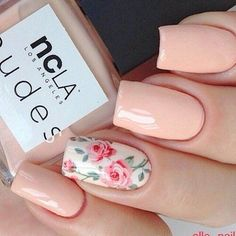 Try some of these designs and give your nails a quick makeover, gallery of unique nail art designs for any season. The best images and creative ideas for your nails. Best Nail Art Designs, Manicure E Pedicure, Pedicure Designs, Neutral Nails, Neutral Art, Elegant Nails, Super Nails, Flower Nails, Creative Nails