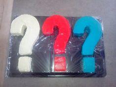 Drei Fragezeichen Torte Geburtstagstorte für einen Fan,??? Torte in drei unterschiedlichen Geschmackssorten