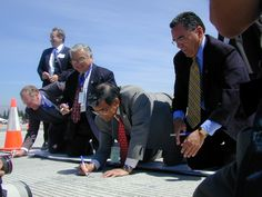 San Jose International Airport, Runway 30R Opening 2001:  Norman Mineta, Secretary of Transportation, Mayor Ron Gonzalez, Mike Honda, Borgdorf, City Manager standing