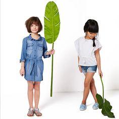 Blusa bimatéria estilo poncho, para menina