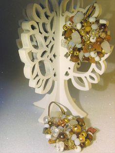 Orecchini all'uncinetto con cristalli e perline miste