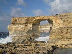 Azure Window (Island of Gozo, Malta), limestone natural arch  アズール ウインドウ(ゴゾ島)、マルタ