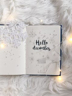 Hello December! Click the link to see 7 Christmas ideas for your bujo!
