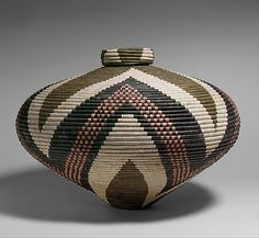 Contemporary Zulu basket from South Africa, now in the Metropolitan Museum of Art