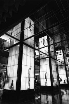 David English: Luminescent Lobby « The Leica Camera