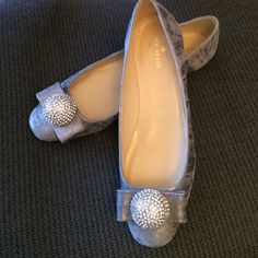 New Kate Spade gray leather flats round toe size 8 New Kate Spade gray leather flats round toe size 8 kate spade Shoes Flats & Loafers