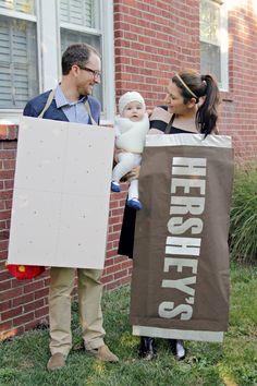 Family s'more Halloween costume