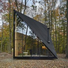 Tiny Cabin in the Woods Exhibits a Unique Crystal Shape is part of A frame house - This modern tiny cabin in the woods stays true to the Nordic concept of hygge, which translates into finding joy in everyday moments Design Exterior, Tiny Cabins, Wood Cabins, Tiny Cottages, A Frame Cabin, A Frame House Plans, Build A Frame, Design Hotel, Tiny House Design