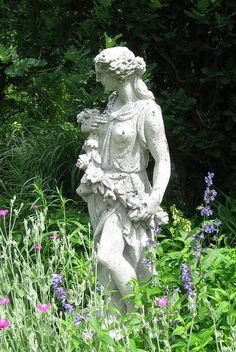 Garden statuary at Monches Farm