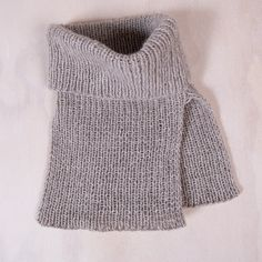 Cashmere, Turtle Neck, Sweaters, Fashion, Gloves, Long Scarf, Knitted Gloves, Threading, Moda