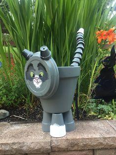 Flower Pot Art, Flower Pot Design, Clay Flower Pots, Flower Pot Crafts, Clay Pots, Clay Pot Projects, Clay Pot Crafts, Diy Garden Projects, Decorated Flower Pots