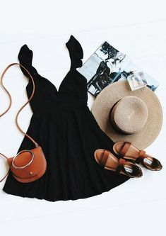 Marshmallows, ice cream, and candy can't beat the Sweeter Than Sugar Black Backless Skater Dress! Stretch knit skater dress has ruffled straps and an open back. Fashion Mode, Look Fashion, Womens Fashion, Dress Fashion, Fashion Clothes, Trendy Fashion, Fashion Flatlay, Fashion Photo, Fashion Tips