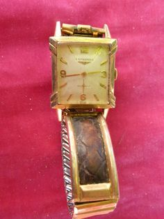 US $199.99 Pre-owned in Jewelry & Watches, Watches, Wristwatches