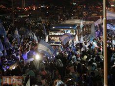 Cientos de personas recibieron este lunes a la selección nacional de Argentina, que regresó a Buenos Aires Julio 14, 2014