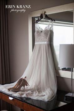 Goodness such a beautiful wedding dress! | Charlotte wedding photographer