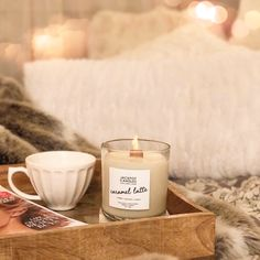Caramel Coffee Latte Jewelry Ring Candle Get swept away to your favorite caf' and relax while indulging in the warm scents of coffee and caramel. Everyone needs a break during the day and this candle is sure to please. Candle Pics, Photo Candles, Coffee Candle, Coffee Latte, Jewelry Candles, Natural Candles, Fall Candles, Candels, Scented Candles