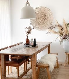 Dining room inspiration via ~ we spy our Laguna Wall Hanging by looking perfect in this space! Boho Dining Room, Dining Room Wall Decor, Minimalist Dining Room, Home Remodeling, Room Wall Decor, Cheap Home Decor, Home Decor, Room Inspiration, House Interior